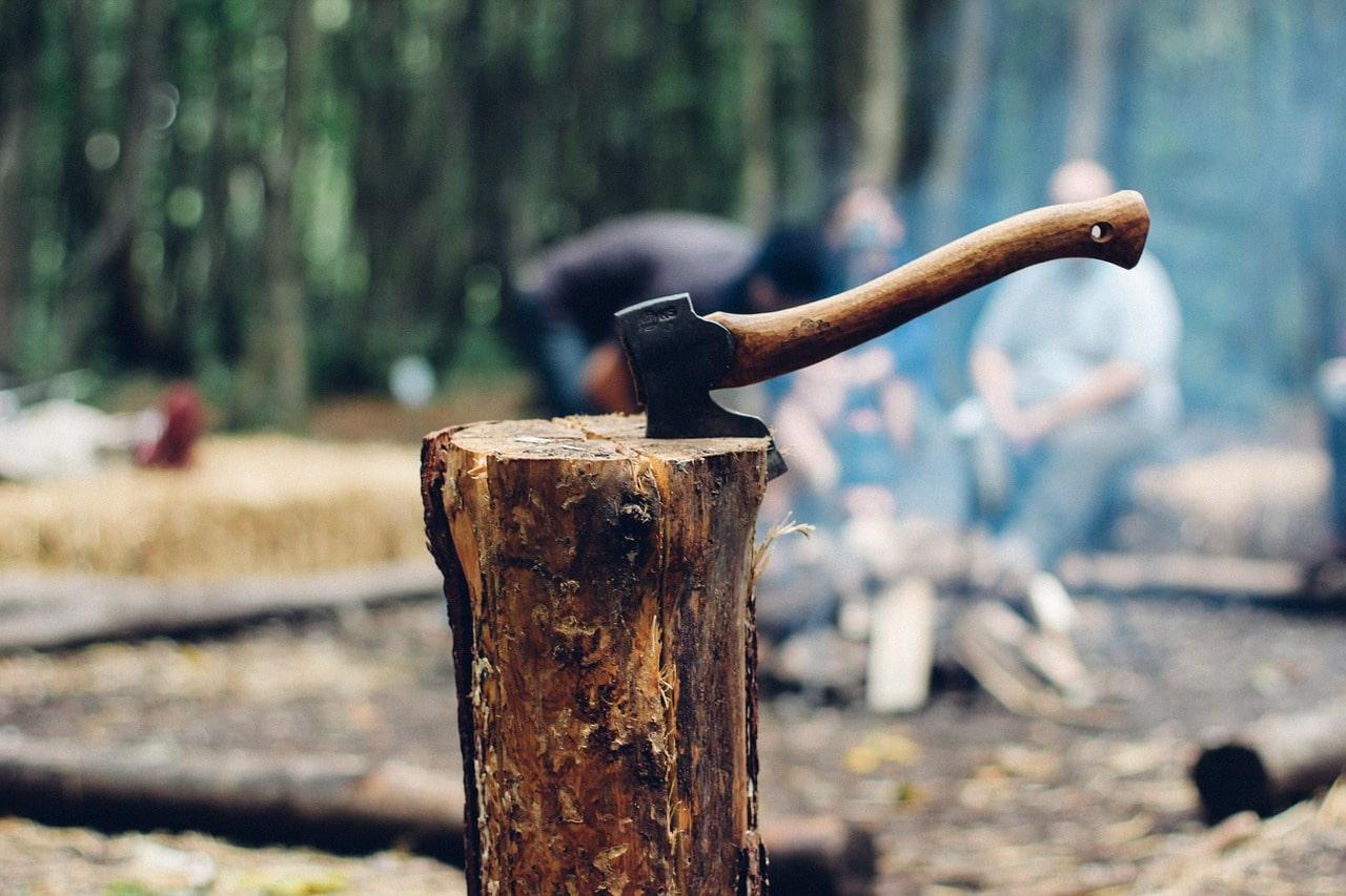 Как заготавливать дрова и топить печь