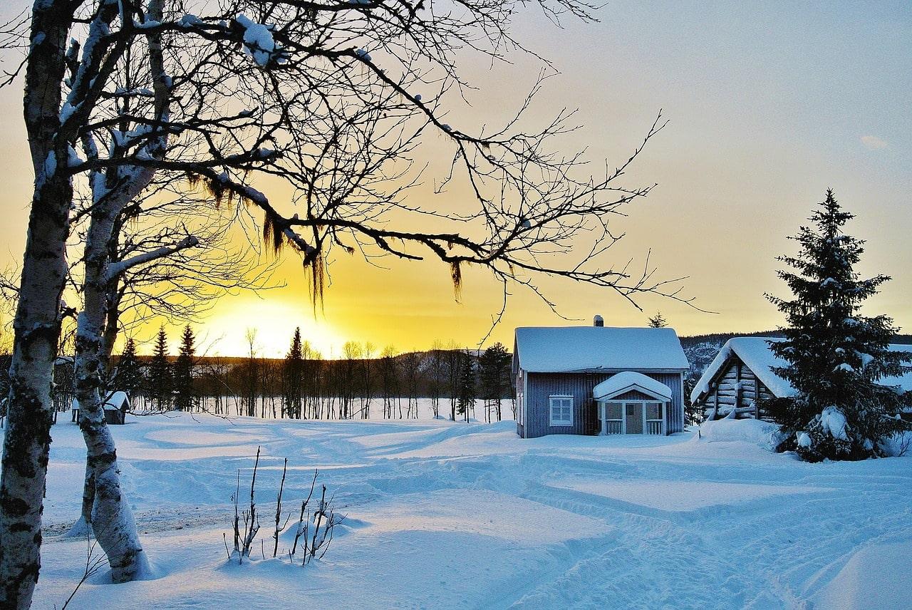 Отопление дачи зимой: недорогие и надежные способы